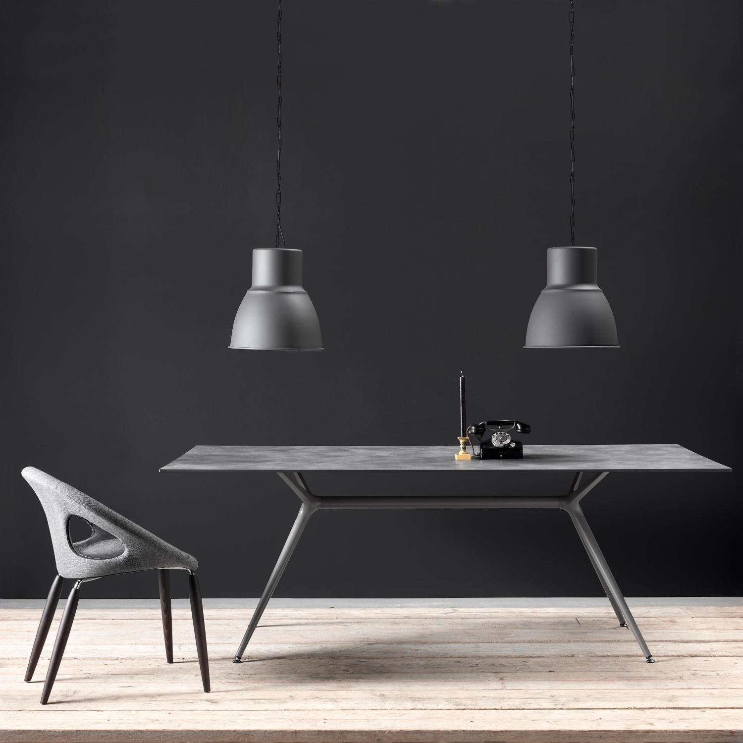MILAN table. Table top-ceramic plate LAMINAM® glossy Pietra Grey Lucidato. Base: aluminum, steel-Piombo finish.